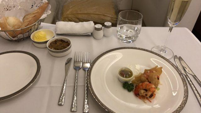 TG677(成田-バンコク)A380ファーストクラスの機内食